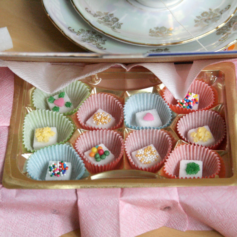 Sprinkle Decorated Sugar Cubes – DIY Edible Gift